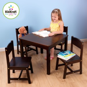 table_and_4_chair_set