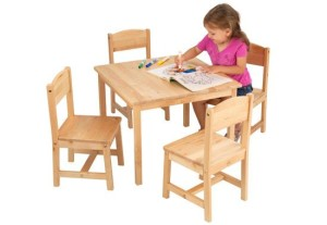 table_and_4_chair_set1
